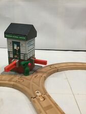 MARON SIGNAL HOUSE Lights Sounds Shed Thomas Train The Wooden Railway Track
