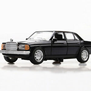 1:36 Vintage W123 Model Car Metal Diecast Gift Toy Vehicle Kids Collection Black