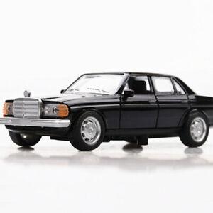 1:36 Vintage W123 Model Car Metal Diecast Gift Toy Vehicle Kids Collection Black