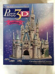 Puzz 3D Walt Disney's Cinderella's Castle Fully Dimentional Puzzle.