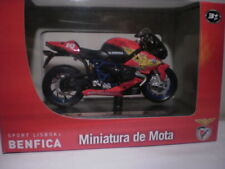 Motos et quads miniatures multicolores Maisto BMW