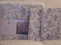 SHABBY CHIC FULL/QUEEN DUVET SET - NEW - FIRST QUALITY