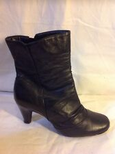 Clarks Black Ankle Leather Boots Size 5.5