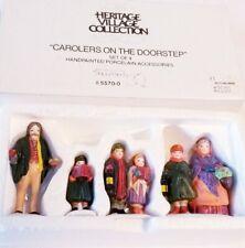 Dept 56 accessory Carolers on the Doorstep 55700 retired Heritage Village set 4