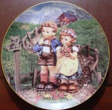 M.J. Hummel Country Crossroads Collector Plate The Danbury Mint w/ Stand
