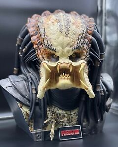 Sideshow Collectibles Life Size 1:1 scale PREDATOR BUST  *RARE* #54 !