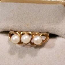 Vintage 10K Yellow Gold Three Stone Pearl Ring - Size 7