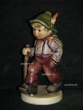 """Goebel Hummel 562 """"Großvater wartet"""", Grandpa's boy, Junge als Wanderer"""