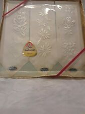 Vintage Ladies Handkerchiefs Gift Box's Embroidered Flowers 3 Sets