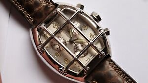 VAN DER BAUWEDE Magnum Quarterback silver chronograph watch
