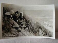 AK Walcherse Kinderen alte schwarz-weiß Fotokarte Niederlande gelaufen 1961