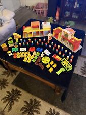 Vintage Fisher Price Little People Play Family Village 1973
