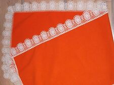Mitteldecke Tischdecke Platzdecke Decke weiss UNBENUTZT mit Stickerei  40//40 cm