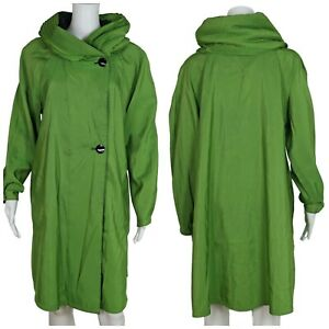 MYCRA PAC Donatella Raincoat Short Length Green Reversible | Women's 0-P Small