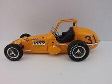 JOE SALDANA VINTAGE DIRT CHAMP CAR RACEWELD 1:18 GMP DIECAST USAC RACING REPLICA