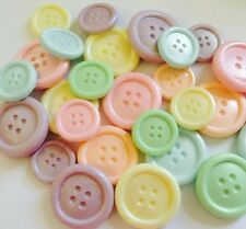50 EDIBLE SUGARPASTE ICING CHUNKY BUTTONS WEDDING BIRTHDAY CAKE TOPPERS