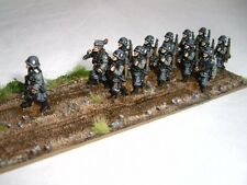 SGTS MESS G22 1/72 Diecast WWII (1939-42) Fourteen German Soldiers Marching