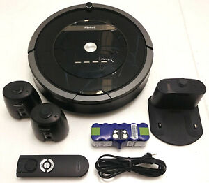 iRobot Roomba 880 Vacuuming Robot with remote and 2 virtual walls