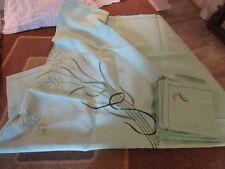 Nappe ancienne coton vert brodée 210X150 12 serviettes 50X45