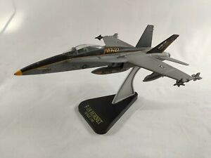 F-18 Hornet VFA-27, USS Independence  1/48 Die Cast Model, Royal Maces