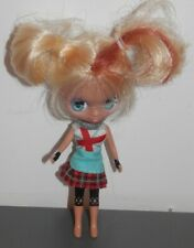 UNA MUÑECA LITTLEST PET SHOP BLYTHE DOLLS BY HAS -HASBRO 2010