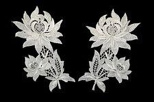 Unotrim Off-White Floral Guipure Venice Lace Collar Neckline Applique by Pair