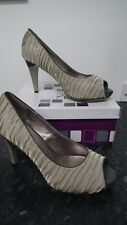 Light Green Ruched Peep Toe Court Shoe from Y&K size 4