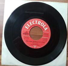 "Single 7"" Vinyl Conny Froboess Drei Musketiere Alles wegen Hamburg St. Pauli"