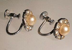 Vintage Earrings Clip On Screw Back Ladies Mother Pearl Rhinestone