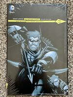 Green Arrow THE ARCHERS QUEST Deluxe Edition DC Comics Hardcover NEW SEALED