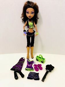 Mattel 2008 I Love Fashion Clawdeen Wolf Monster High Doll Toys 'R' Us Exclusive