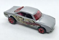 Hot Wheels Vairy 8 - 2002 - Die Cast Car