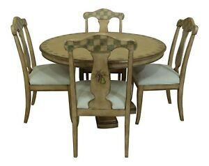 LF25757EC: PULASKI Paint Decorated Round Table & Chairs Dining Set