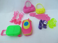 8 PIECE BARBIE SINDY DOLL SIZED ACCESSORIES SHOES BOOTS HANDBAGS COMB SUITCASE