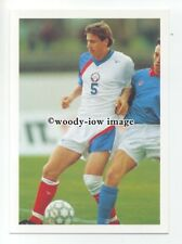 TC0035 - Russia Midfielder - Andrei Kanchelskis - postcard Barratt Europes Best