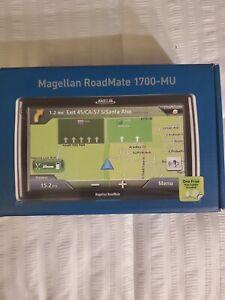 "Magellan RoadMate 1700-MU 7"" GPS Touchscreen Vehicle Navigator"