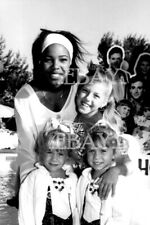 Photo - Mary-Kate & Ashley Olsen and Jodie Sweetin of Full House - Very rare