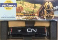 ATHEARN POWERED GP9 CANADIAN NATIONAL CN ENGINE LOCOMOTIVE HO SCALE LIKE NEW