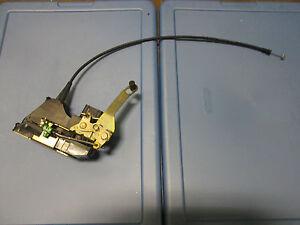 JAGUAR S-TYPE RIGHT REAR DOOR LOCK  2003 2004 2005 2006
