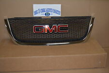 2007 - 2012 GMC Acadia Front Chrome Grille with Emblem new OEM 22785560
