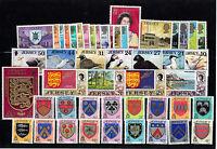 Jersey timbres ordinaires U/Excellent état & Miniature feuilles annonce multiple
