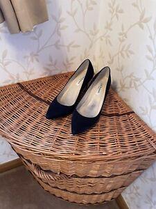 Lk Bennett Navy Size 37/4 Floret Shoes