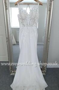 Berketex ''Lara'' wedding dress with lace cut out train UK 8- check measurements