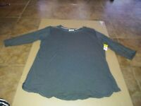 Women's Top Bobbie Brooks Size 2X  NWT!