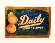 DAVID ELLIOTS DAILY BARTLETTS COURTLAND, CA VINT FRUIT WOOD CRATE W/ORIG LABEL