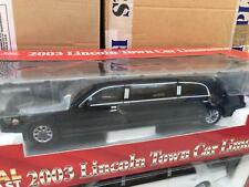1:18 Sun Star Lincoln Town Car Limousine 2003 schwarz/black in OVP