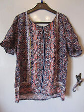 Navy & Orange Floral Geo Short Sleeve Top in Size 12 - NWT - Creased