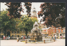 Leicestershire Postcard - Leicester Town Hall Square     RR3463