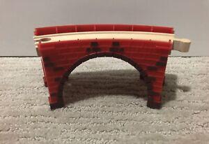 IMAGINARIUM Train Table replacement CURVED BRIDGE with track - fits Thomas Brio