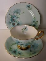 ROYAL ALBERT BLUE DAISY FLORAL TRIO CUP SAUCER PLATE BONE CHINA ENGLAND